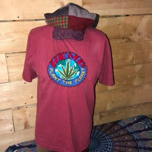 Vintage 1990 HEMP spell out T-shirt.